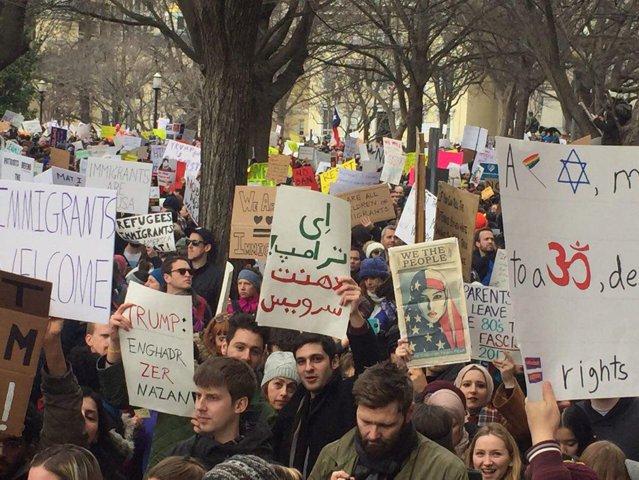 TrumpProtestIranianBamazzeh.jpg