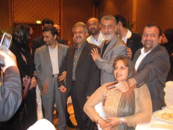 Fontana_ahmadinejad2.jpg
