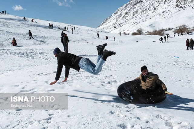 snowTubeSelfie5.jpg