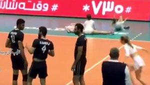 volleyballCencored_small.jpg