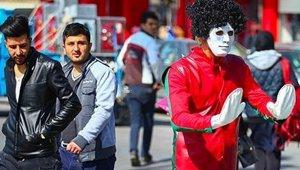 shakhsiathayeTeraffic_Isfahan_small.jpg