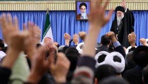 khamenei_waving_speech_small.jpg