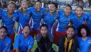 tibetWomensSoccer_small.jpg