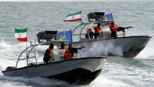 iranianSpeedBoats-small.jpg