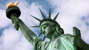 Lady_Liberty_Statue_small.jpg