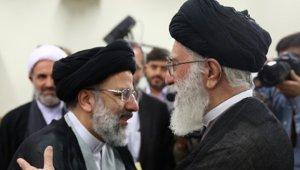 Raeisi-Khamenei_small.jpg