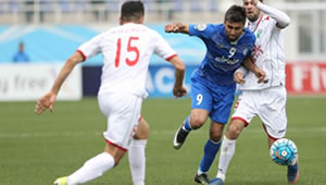 Esteghlal_Lokomotiv.jpg