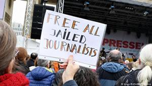 free-journalists22.jpg
