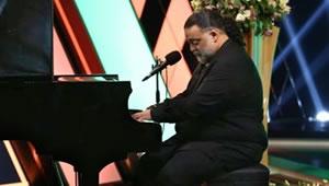 assar_Piano.jpg