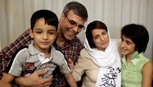 kahnadan_sotoudeh_family.jpg