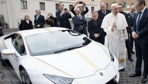 pope_101619.jpg