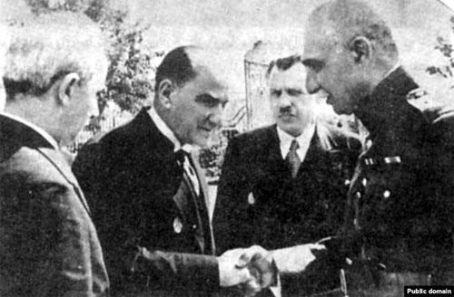 RezaShah_Ataturk.jpg
