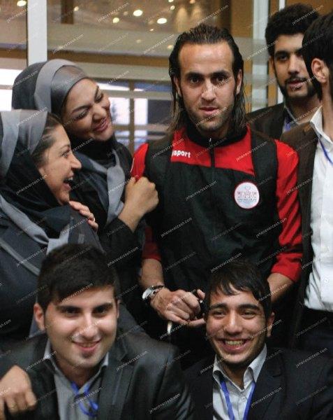 gooya news :: didaniha : عکس های یادگاری کارکنان زن هتل ...