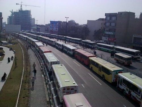 bahman22_buses_2.jpg